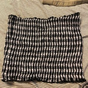 Black& white checkered scrunched tube top